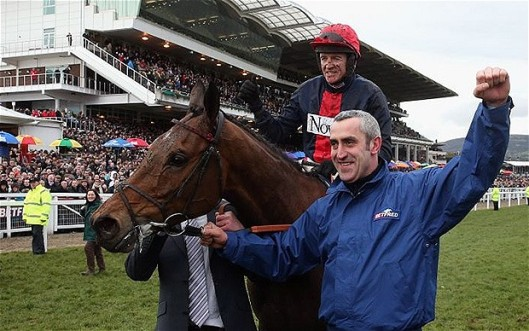 Bob's Worth and Barry Geraghty celebrate their 2013 triumph